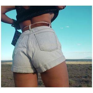 daisy's shorts 🌸 AMERICAN APPAREL sz 27